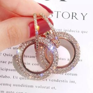 Jewelry - 🆕 Crystal double hoop earrings Rose Gold